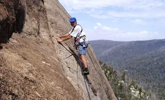 Brian Mattick on 2nd pitch of Outer Limit - Booroomba Rocks