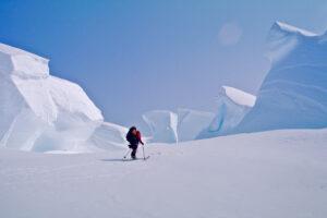 Nic Bendeli ascending MT Logan (2003)